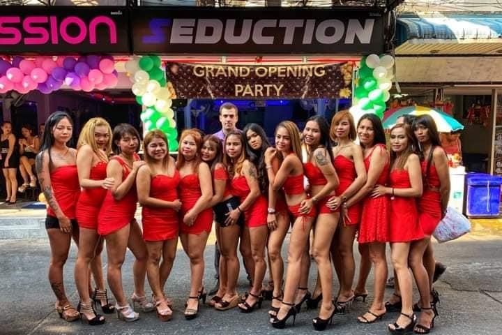 Seduction Bar In Pattaya   Soi 6 Nightclubs   Untold Thailand